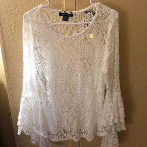 lace blouse with extended sleeves
